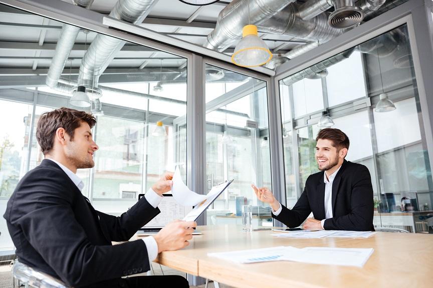 faktoring z regresem kredyt pod kontrakt